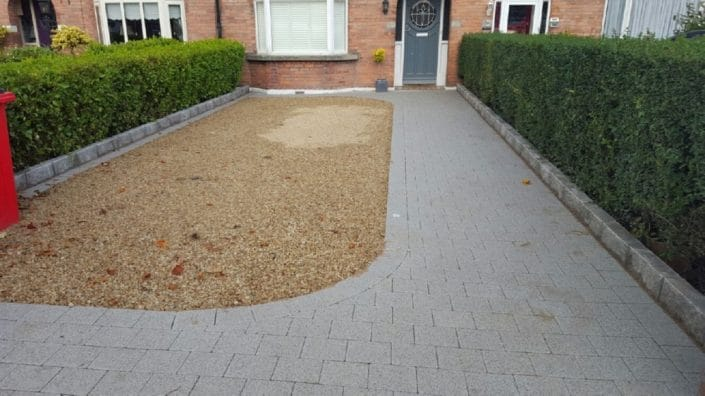 Gravel-driveways-with-brick-border-Dublin-IMG_5999.jpg