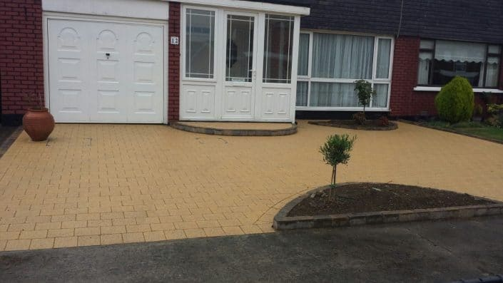 foxrock-paving-cobble-lock-paving-dublinIMG_6042.jpg